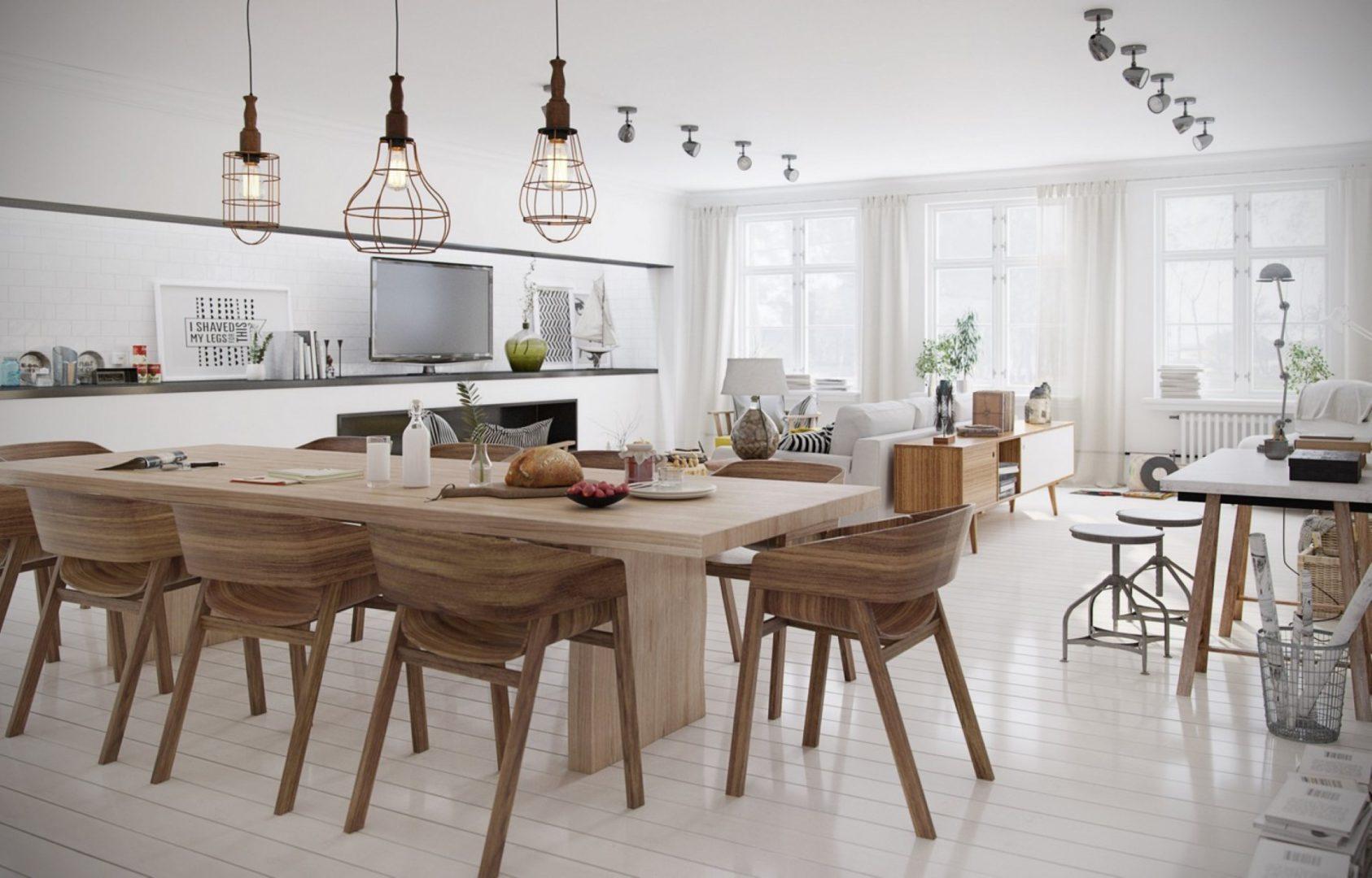 Деревянные стулья на кухне